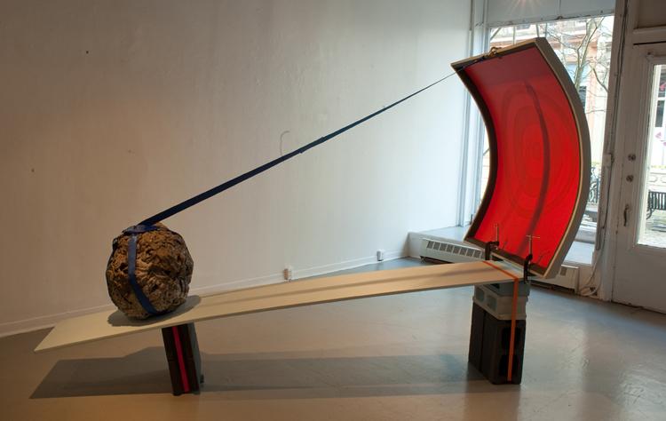 Projection, 2010.   305 cm x 92 cm x 203 cm.