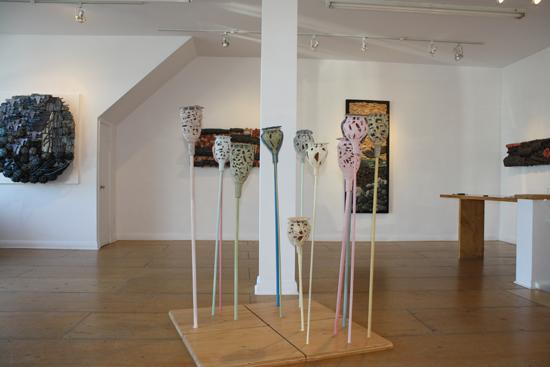 poppy husks (céramique) - exposition Ofrrandes, 2009.